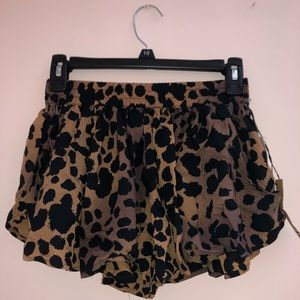 Vans Cheetah Shorts
